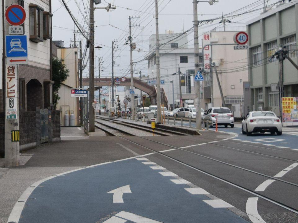 敷 内 軌道 路面電車の基本ルール